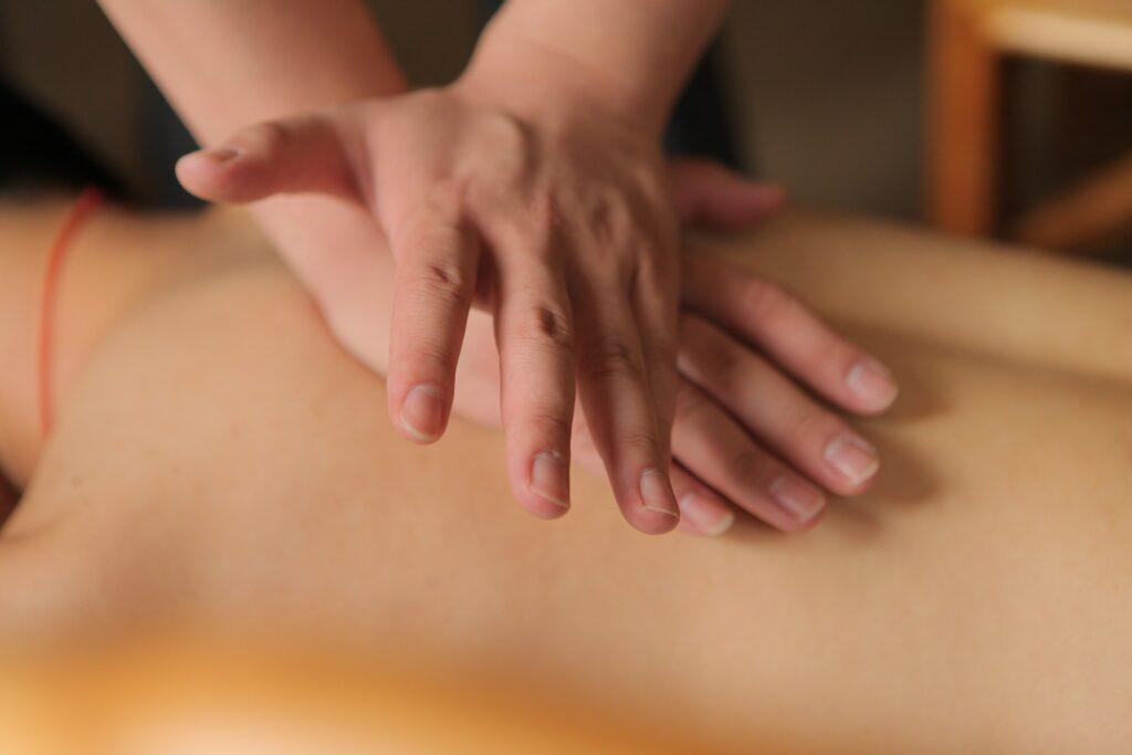 Tuina-Massage - Naturheilpraxis Nidwalden, Stans - Akupunktur, Shiatsu und Massage